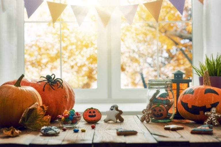 Hallowe'en without the (plastic) Horror – four easy swaps you'll fang us for
